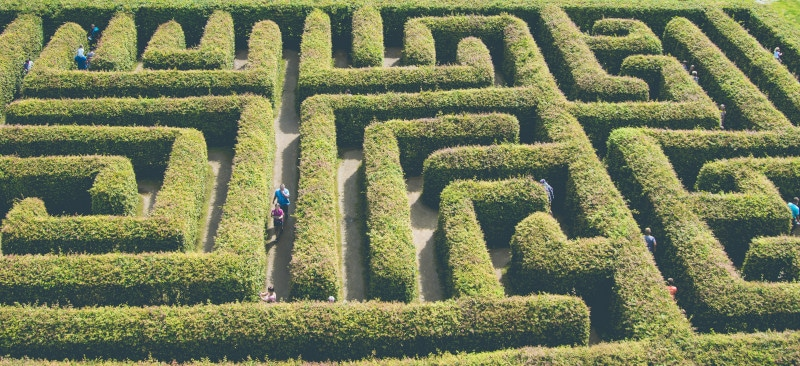 irrgarten lustgarten abenteuer